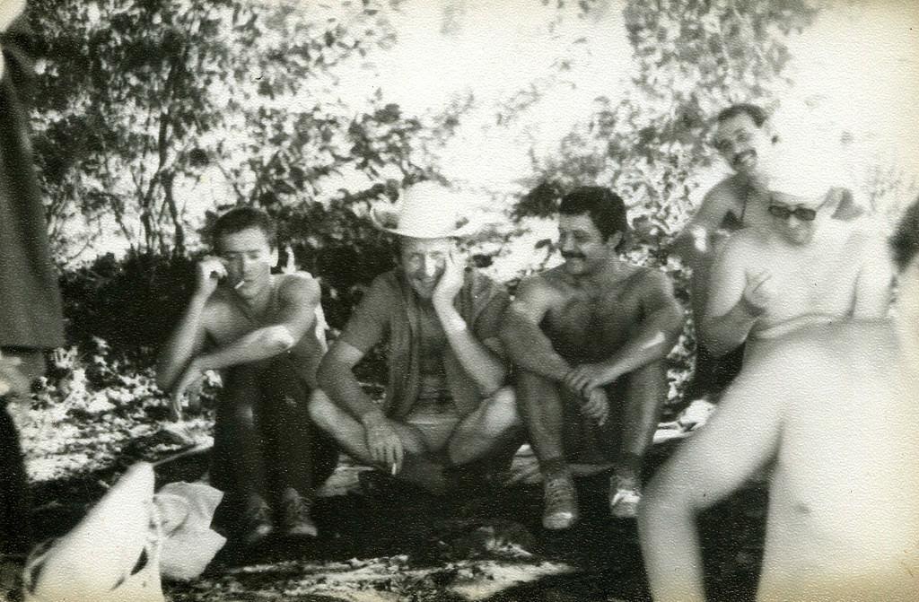 1983-1985. Сидящие в ряд: Балашов М., Шепелев Ю., Юрченко А., Рысаев В. Коллеги по комплексу №6