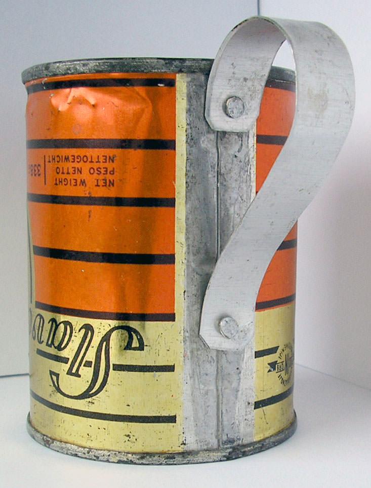 Кружка из из банки из-под советской тушенки. 5 ракурс.