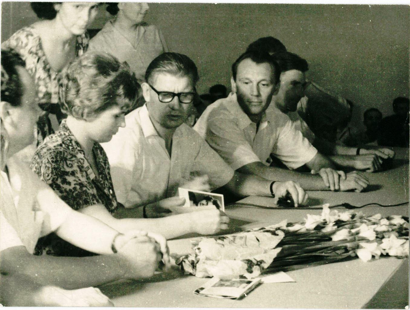 1963, 8 октября. Терешкова, Алексеев